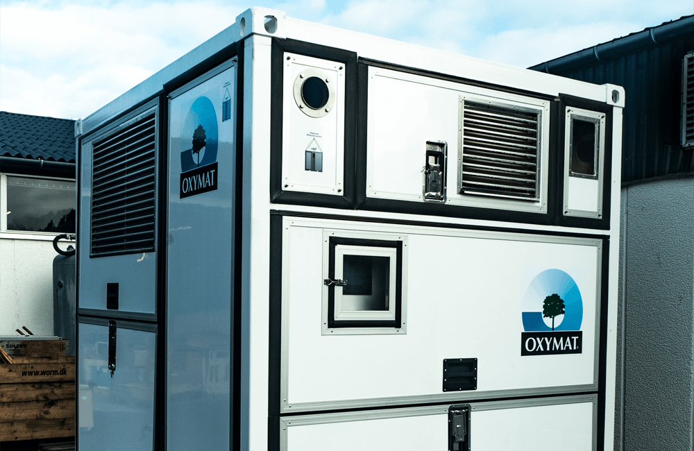 Gas generators that produce high-quality oxygen or nitrogen on-site